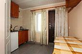 Номер с балконом в Гостевом доме в Орджоникидзе, Феодосия, Крыму