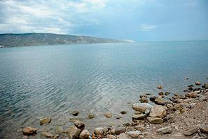 Двуякорная бухта в Орджоникидзе - Крым.